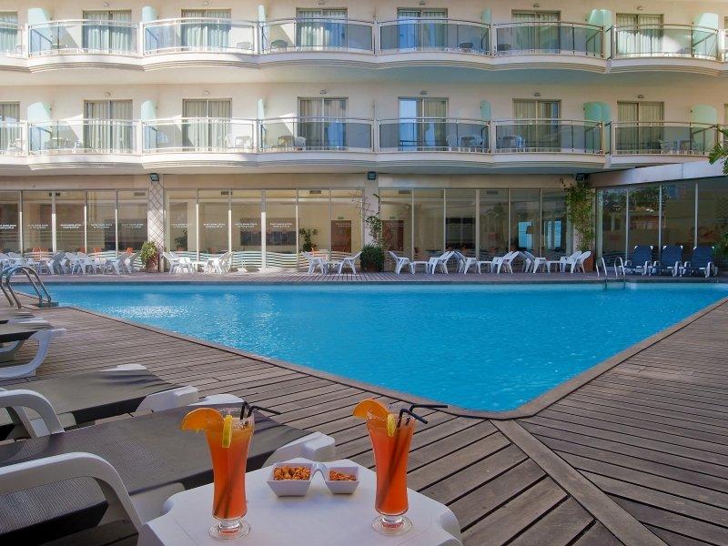 Piscina - Hotel Bahía Calpe****   Pierre et Vacances